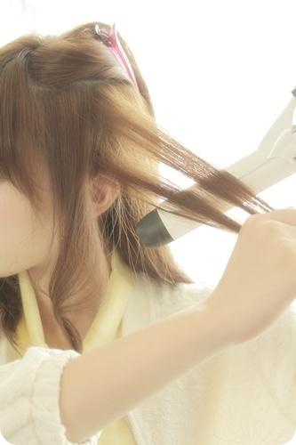 ヘアアイロンスタイリング&前髪ピンカール