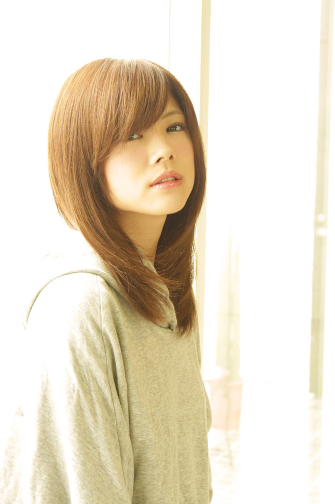 s_20121008松川佑依子4