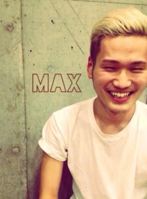 MAX 1年目