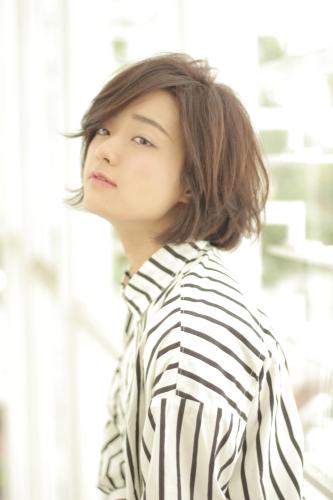 ほそかわわかな 細川若菜 ガッキー 谷垣良和 U-REALM 大人可愛い前髪長めのショートボブ