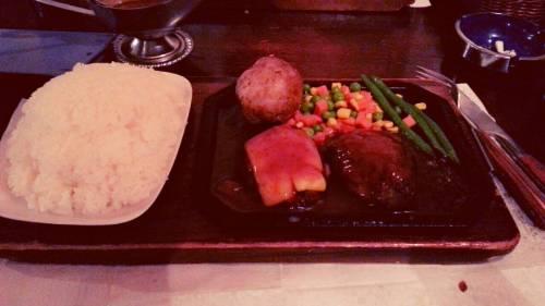 渋谷でハンバーグ食べるならゴールドラッシュ