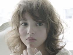 第6位 モデル:加藤 奈々× 美容師:齋藤 純也(ZACC vie)3