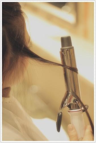 自分で出来る、ゆるふわアイロンスタイリング・コテを使ったねじり巻き(ツイスト巻き)のやり方IMG_6642