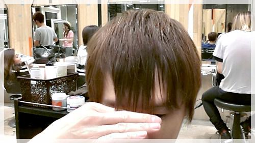 前髪,うねる,男,メンズ,髪型,天パ,画像