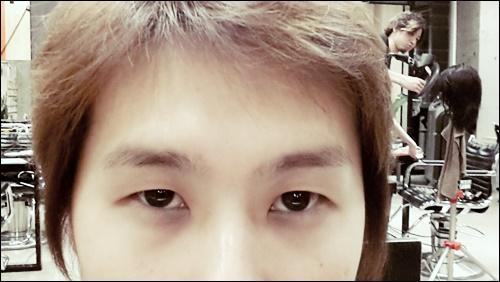 【メンズの眉カット】整えるだけでも印象が変わりますよ01