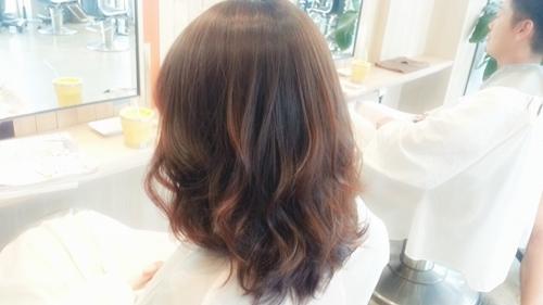ブラウン系の可愛い髪色☆メルティブラウンで透明感とツヤ感を!