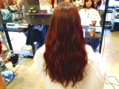 髪色で気分を変えたい☆ファッションに合わせたい☆ガーネットブラウンカラーでイメージチェンジ!01