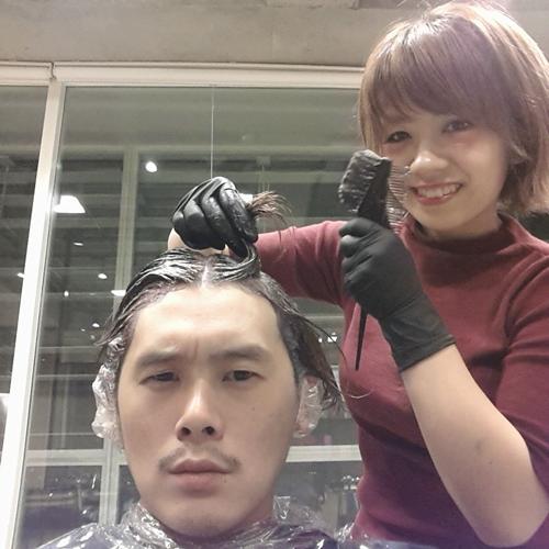 美容師の自分が髪色を【ダークアッシュ】に染めてみました。06