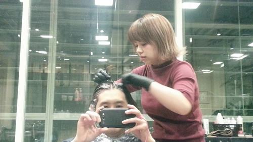 美容師の自分が髪色を【ダークアッシュ】に染めてみました。07