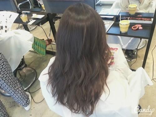【6トーンの外国人風アッシュグレーカラー】暗くくすんだ感じがクールな髪色01