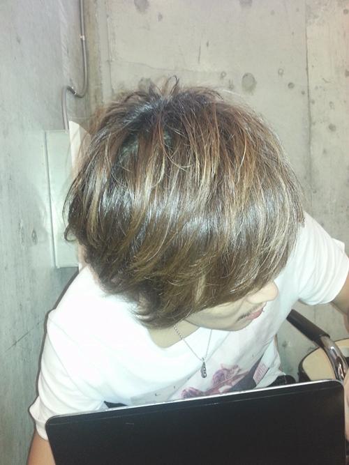 美容師の自分が髪色を【ダークアッシュ】に染めてみました。08
