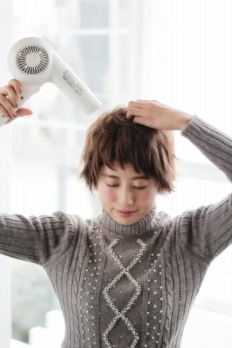 ショートヘアの乾かし方とスタイリング方法【ゆっとふわっと柔らかい髪型を作ろう】11