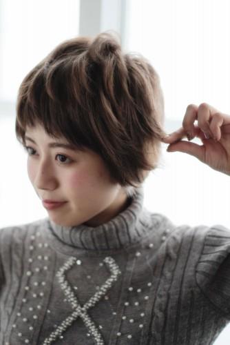 ショートヘアの乾かし方とスタイリング方法【ゆっとふわっと柔らかい髪型を作ろう】08