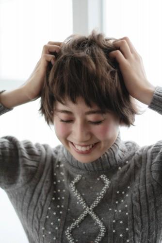 ショートヘアの乾かし方とスタイリング方法【ゆっとふわっと柔らかい髪型を作ろう】06