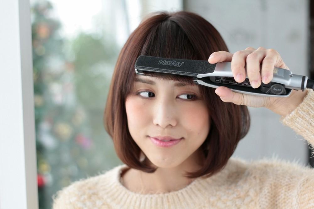 ストレートアイロンで流し前髪をつくろう【自分でスタイリング】09