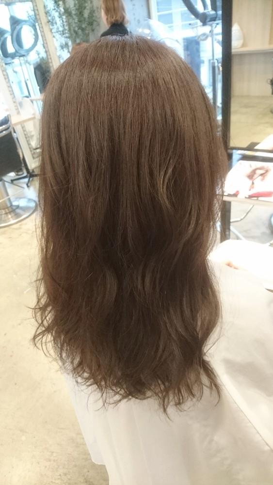 9トーンのチャコールグレーブラウンカラー【彩度低めのマットな質感の髪色】02