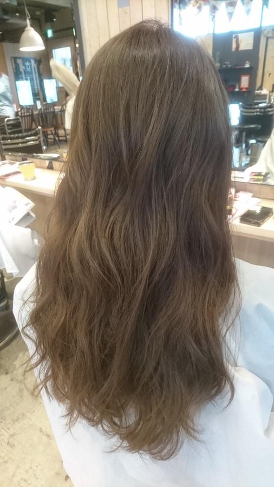 ブリーチ無しのプラチナシルバーカラー【髪のコンディションは髪色に影響する】00