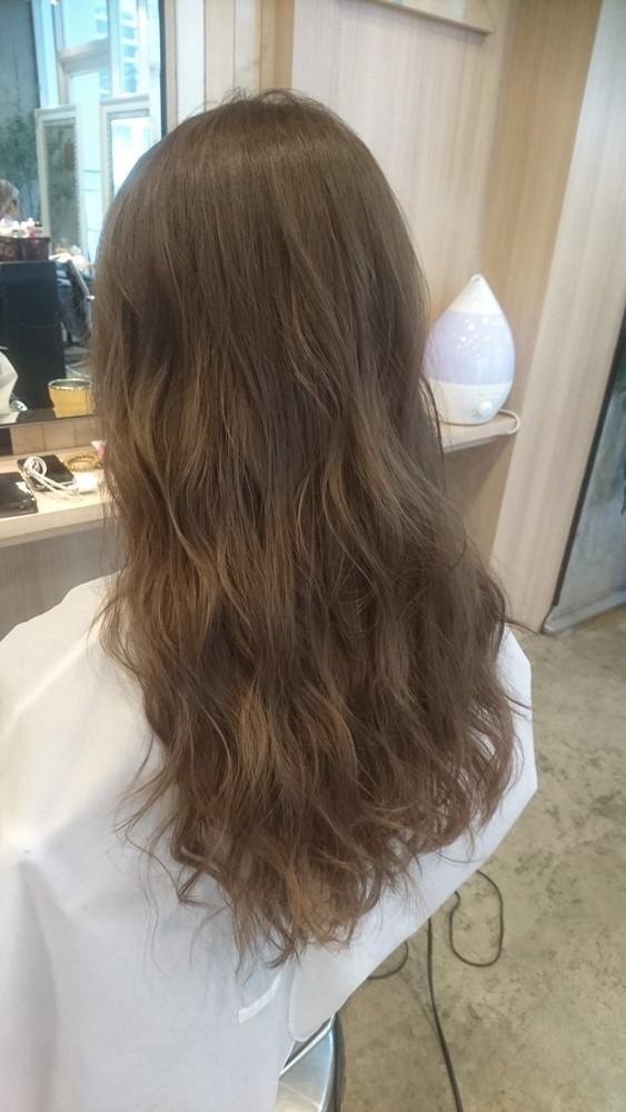 ブリーチ無しのプラチナシルバーカラー【髪のコンディションは髪色に影響する】03