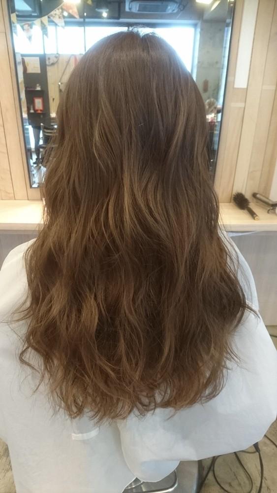 ブリーチ無しのプラチナシルバーカラー【髪のコンディションは髪色に影響する】02