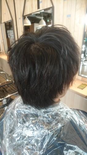 メンズのお客様の黒染めを明るくする【黒染め落としの施術例】05