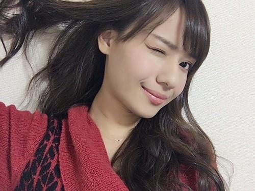 廣井ゆうさんのイルミナ【オーシャン】カラーがめちゃキレイ