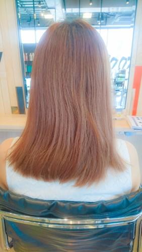 ブリーチ毛にイルミナカラーのコーラル6トーンで染める06