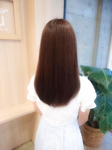 イルミナカラー【ヌード6トーン】ナチュラルなアッシュブラウンの色と品のあるツヤ感